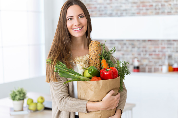 Holistic Nutrition Principles and Programs Can Improve Your Mood and Health