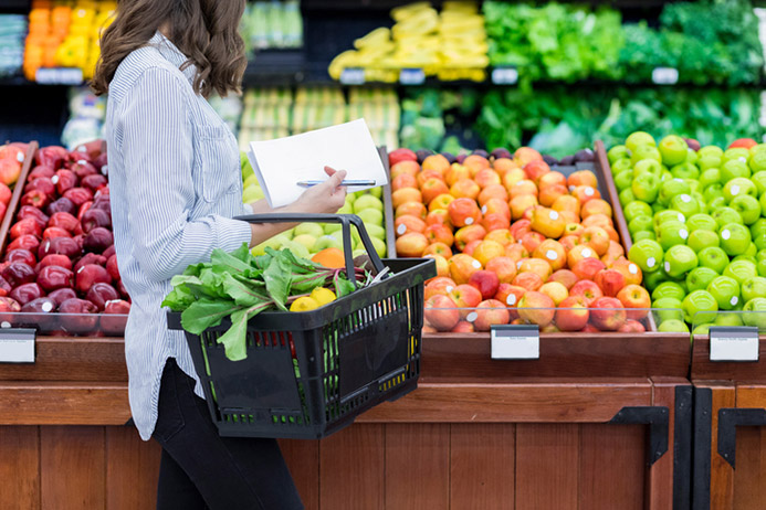 How to Save on Groceries and Still Eat Healthy