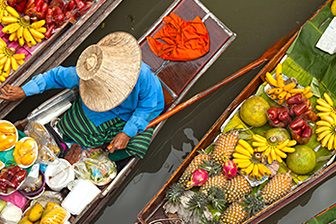 The Most Common Food Mistakes People Make on Vacation