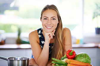 How is a Holistic Nutritionist Different than a Health Coach?